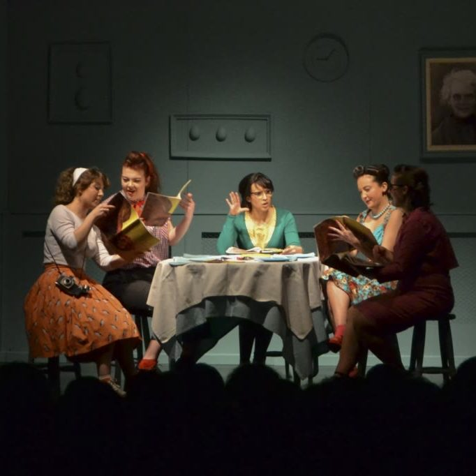 Cinco mulleres que comen tortilla_Señora Supina_Javier Lojo(1)