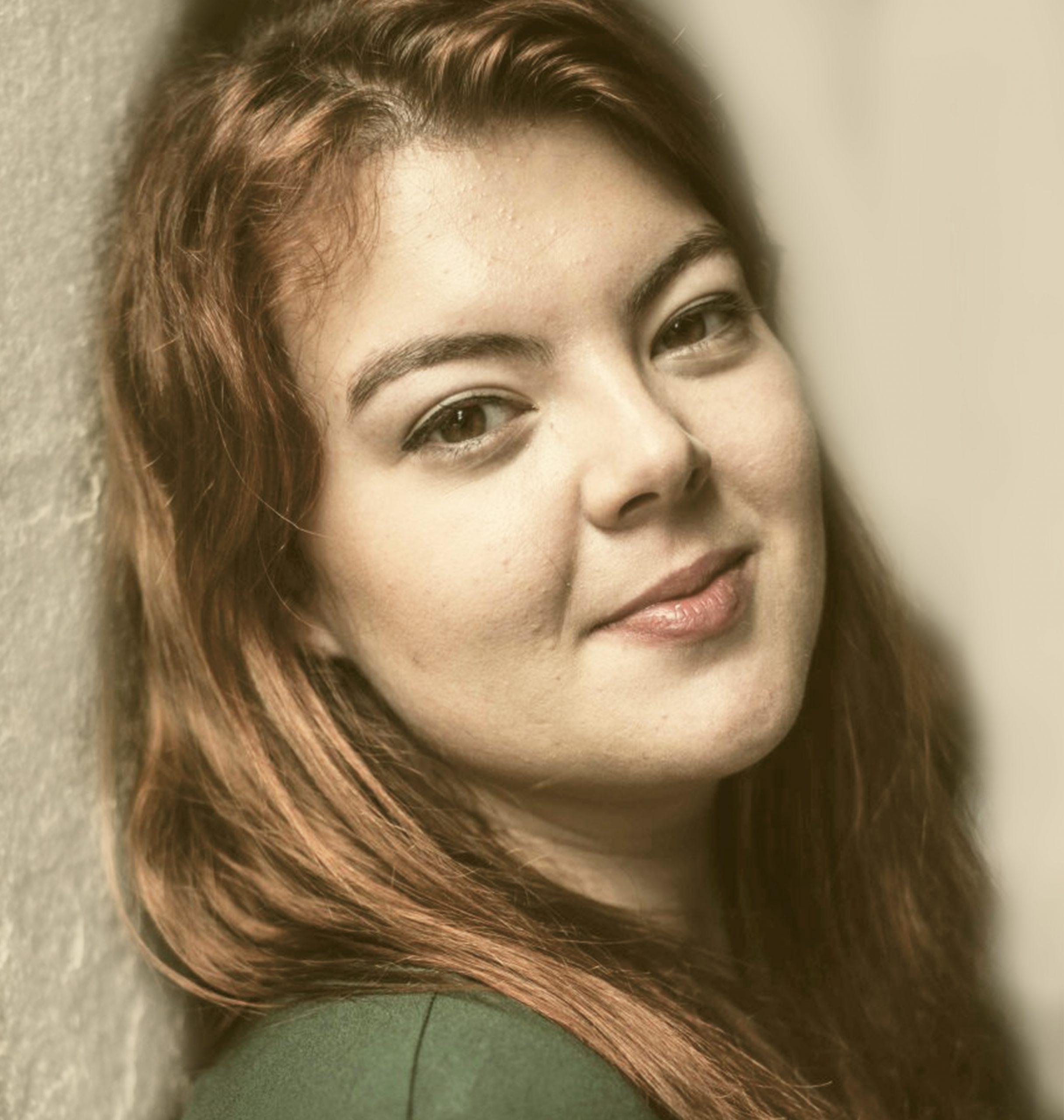 Gabi Modesto - Actriz