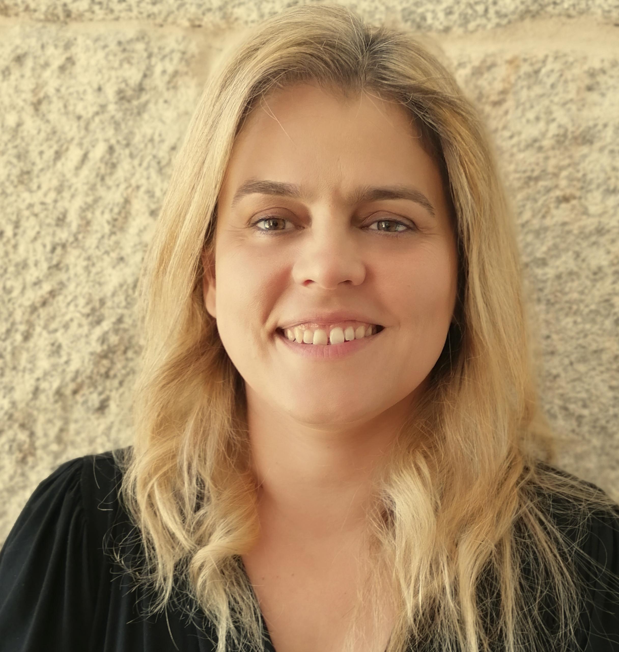 Vanesa Regengo - Escenógrafa e arquitecta